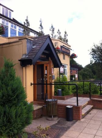 Premier Inn Manchester (Heaton Park) Hotel: breakfast/dinner entrance!