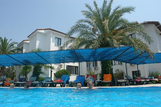 Sural Garden Hotel: Basen3