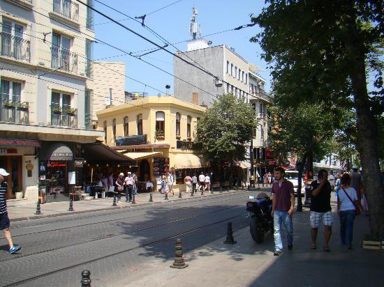 Laleli bdv picture of hotel sahinler istanbul tripadvisor for Hotels in istanbul laleli area