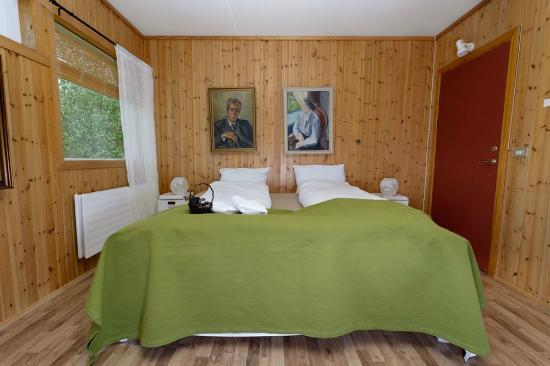 Tjaldanes Room for Rent: Two bedroom suite