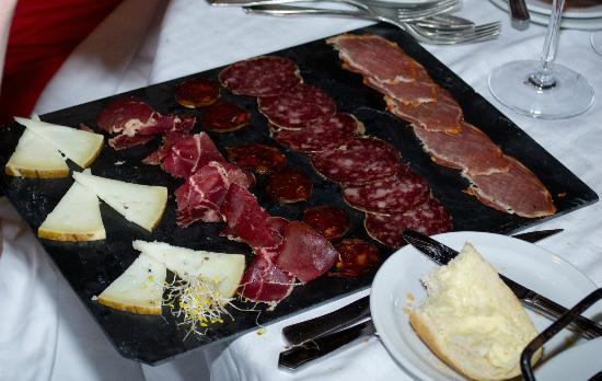 Las Llaves : Meat starter