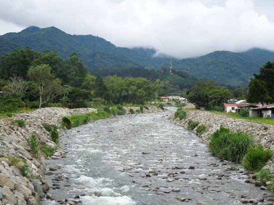 The Riverside Inn Boquete: river that runs behind the inn