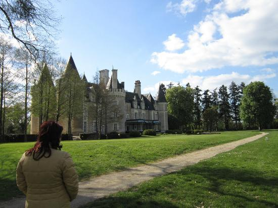 Chateau Golf des Sept Tours: Chateau dal campo da golf