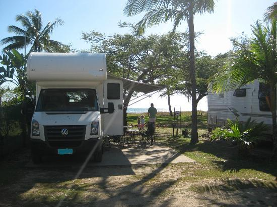 Bucasia Beachfront Caravan Resort: View from in front of beachfront sites