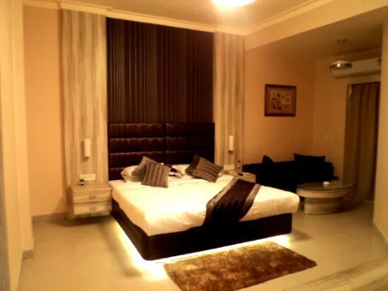 Hotel Swarn Towers: Club suite