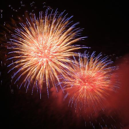 Baymont Inn and Suites Grand Haven: July and August fireworks along the river are always spectacular!