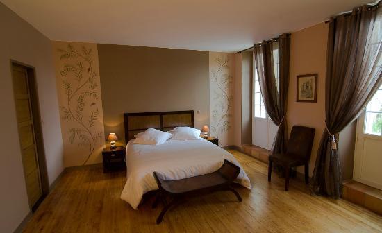 Chateau de Beau Site: La chambre Cabernet