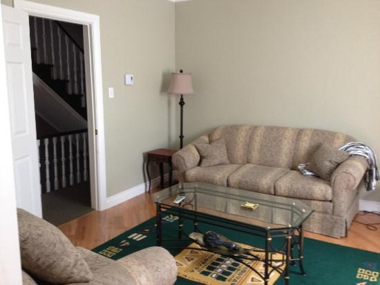 Gower Street House Bed and Breakfast: LR