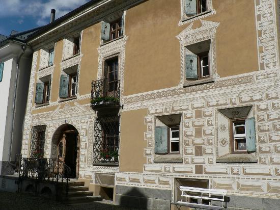 Hotel Chesa Salis: Aussenansicht Chesa Salis