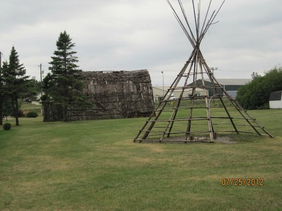 Museum of Ojibwa Culture: part of the outdoor exibits