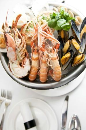 Sands Grill: Seafood platter