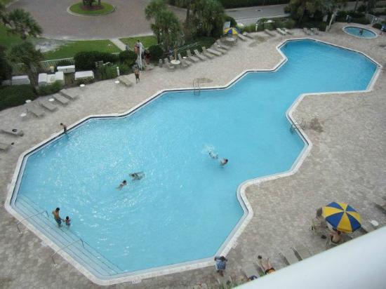 Destin West Beach and Bay Resort: Gulfside Pool