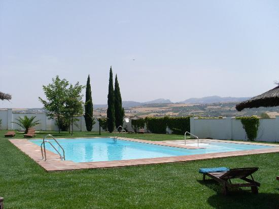Hotel Molino del Arco: We had the pool to ourselves - great!