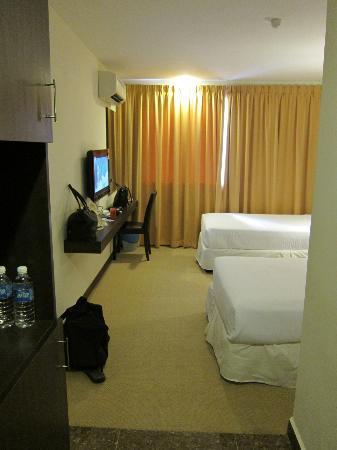 Syaz Meridien Hotel: Standard Room