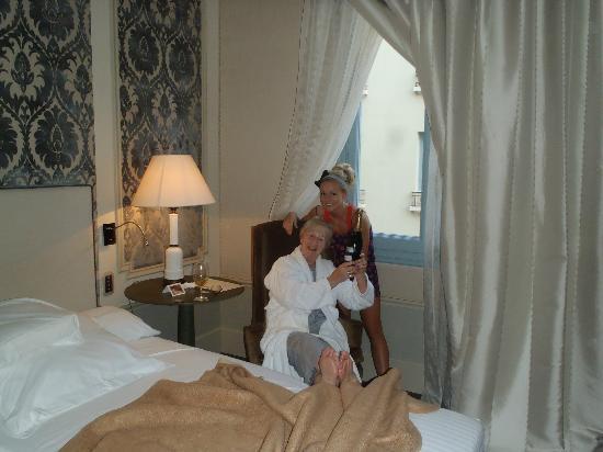 El Palace Hotel: Hotel room