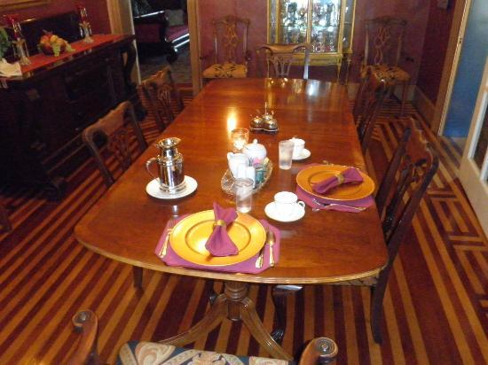 The Fox Inn Bed & Breakfast: The formal Dining Room
