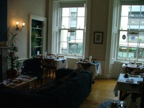 Dene Guest House: Breakfast room