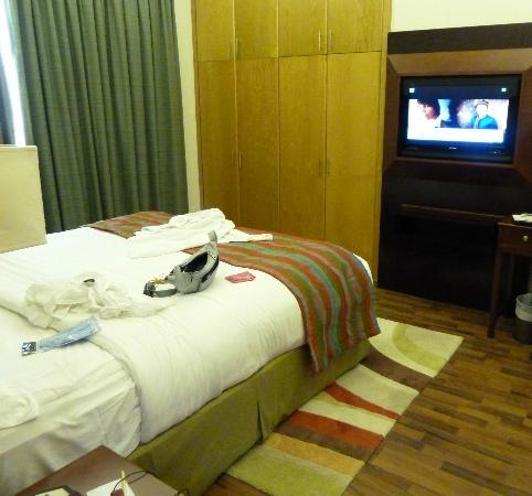 Al Khoory Hotel Apartments: bedroom