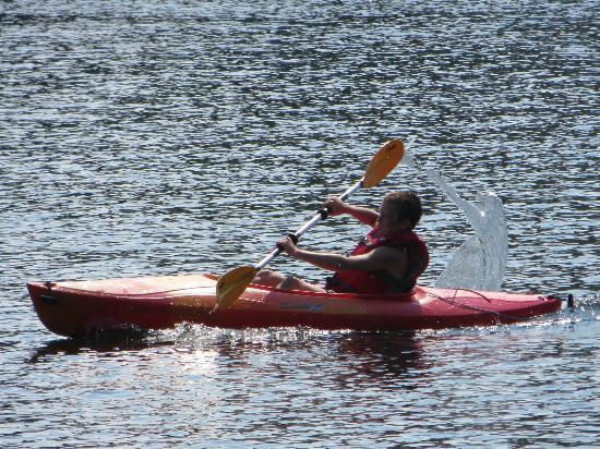 Fern Hall Inn Bed And Breakfast : Kayaks at your disposale