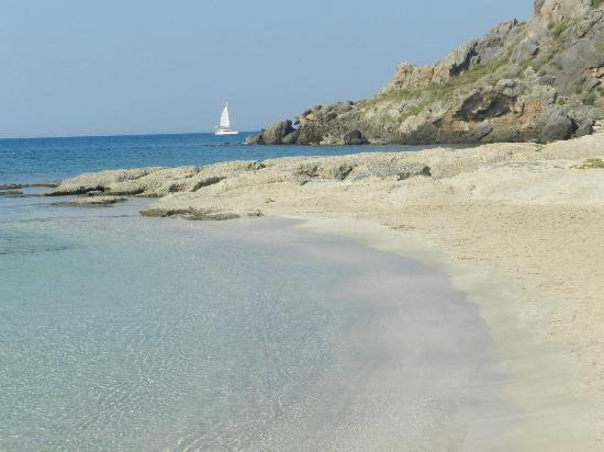Elafonisi Resort by Kalomirakis Family: uno scorcio della spiaggia