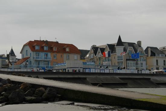 Villa Tremail : Vue de la villa de la plage