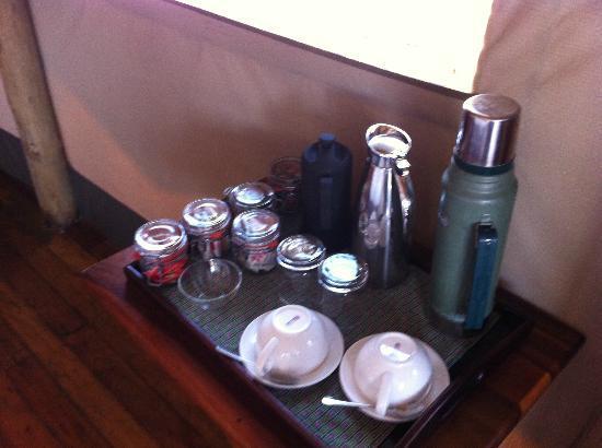Wilderness Safaris Xigera Camp: tea/coffee bar
