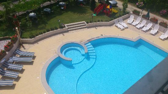 Piscina foto di hotel bellaria levico terme tripadvisor - Hotel con piscina bellaria ...