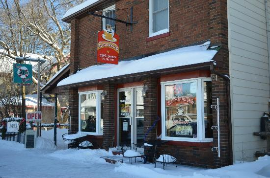 The Red Brick Cafe & Gift House: Winter at The Red brick
