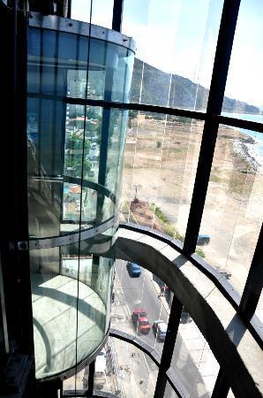 Eduard's Hotel, Suite & Resorts: Ascensor Panoramico