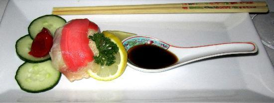 Koornlands Restaurant: Appetizer: Crocodile sashimi