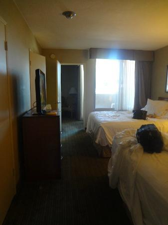 BEST WESTERN Royal Palace Inn & Suites: view of room