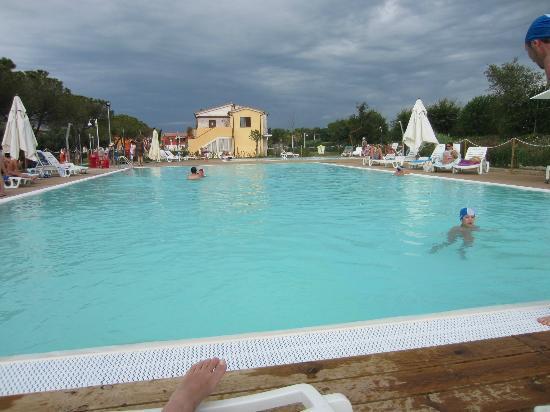 Adamo ed Eva Resort: piscina grande