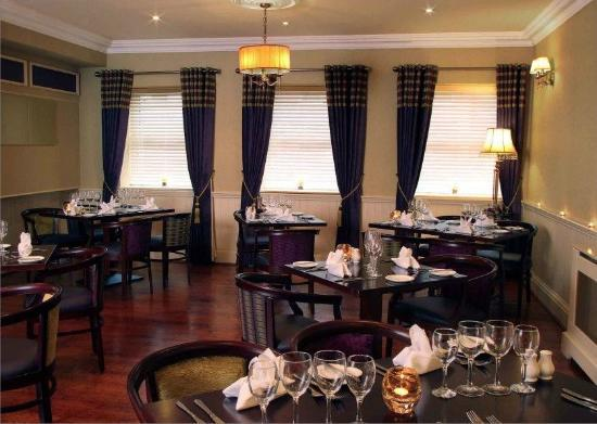The Bailie Hotel: Restaurant