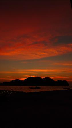 Komodo Resort & Diving Club: Sunset