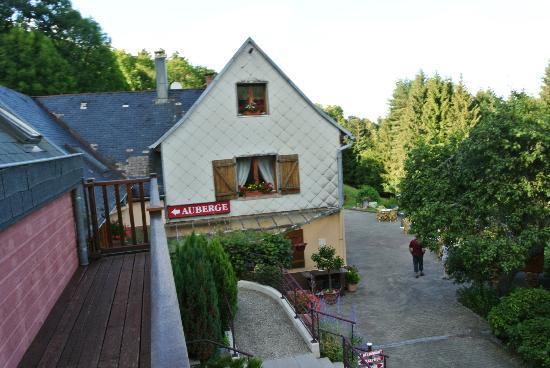 Domaine de Basil : le balcon devant le studio