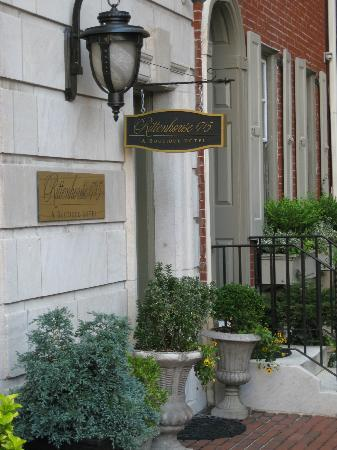 Rittenhouse 1715, A Boutique Hotel: Entrance to the hotel