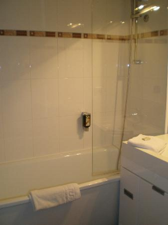 Appart'City Confort Montpellier Ovalie: Bathroom