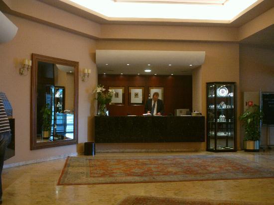 Coia Hotel: Recepción