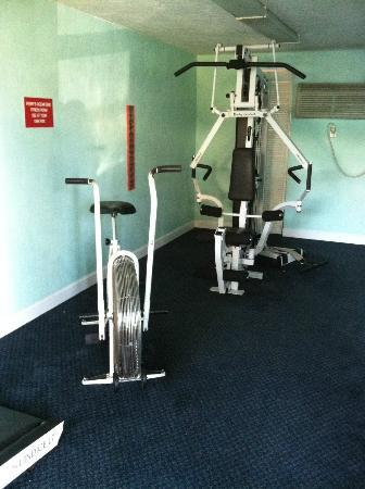 Perry's Ocean Edge Resort: Old Fitness Equipment