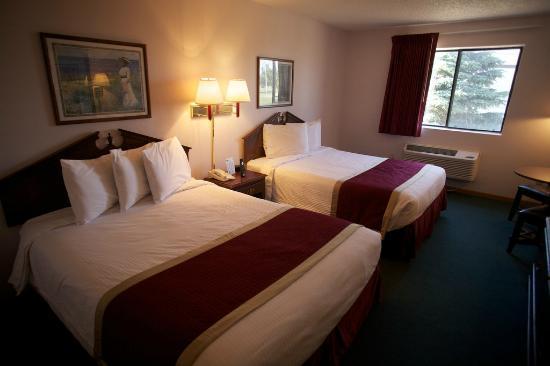 New Victorian Inn & Suites York: Double Queen