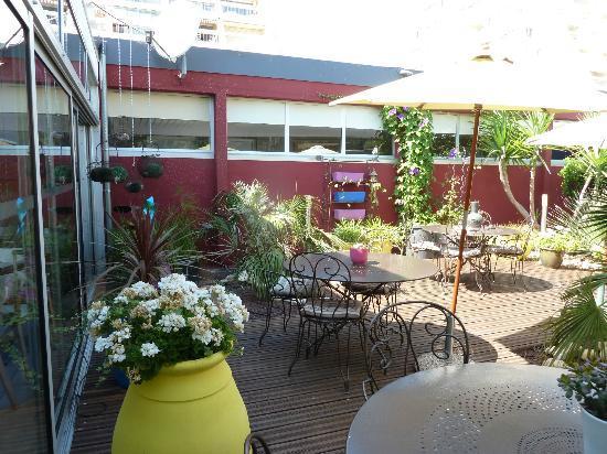 Hotel Saint Clair : patio