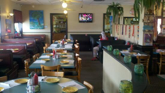 Crust Pizzeria: Room for large parties
