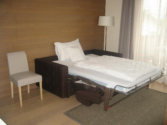 Napura Art & Design Hotel: Extra bed