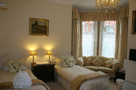 Three Gables : Ground Floor Bedroom