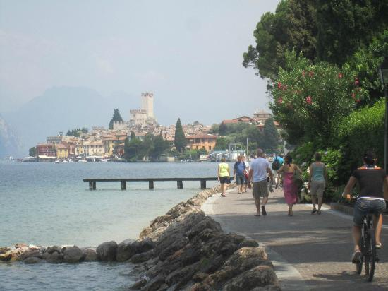Hotel Alpino: Charming town of Malcesine