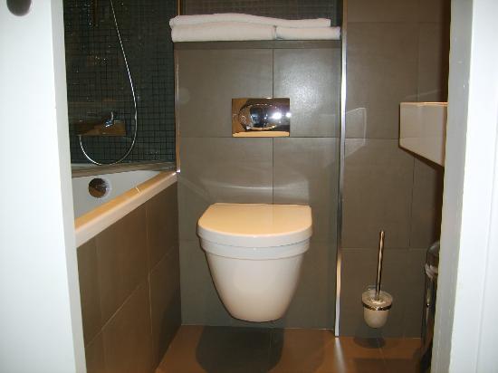 Hotel Duo: Badezimmer