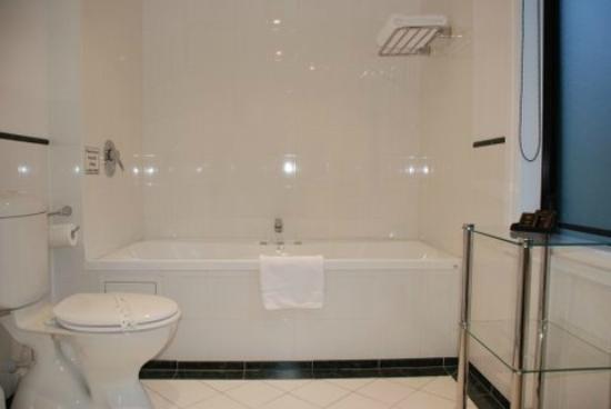 Motel on York: Deluxe Spa Bath