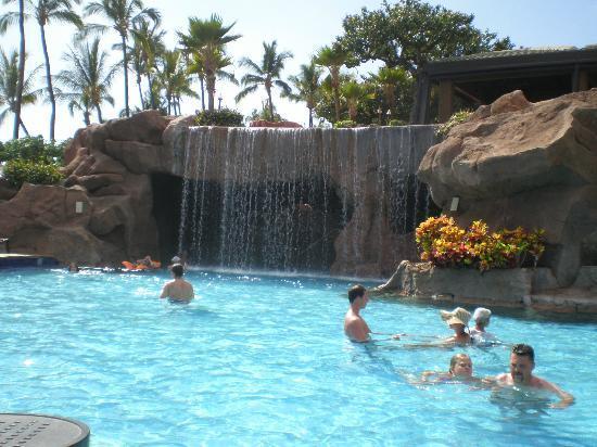 Pool Waterfall Picture Of Hyatt Regency Maui Resort And