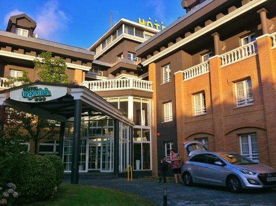 Urdanibia Park Hotel: Front of the Hotel