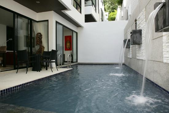 By The Lake Villas: Private Pool